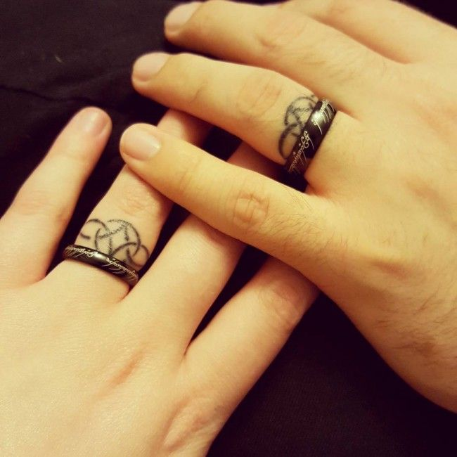 Tätowierte Eheringe Vorlagen 150 Best Wedding Ring Tattoos Designs [2017 Collection
