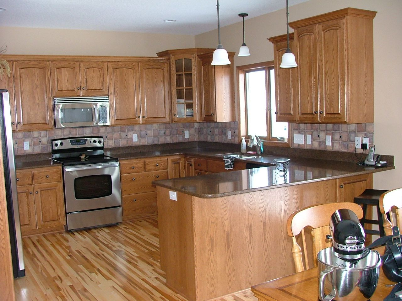 Oak Cabinets Backsplash Black Granite Counter Oak Hickory Oak Wood Kitchen