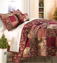 King Cranberry Floral Patchwork Quilt Set | Beautiful ...