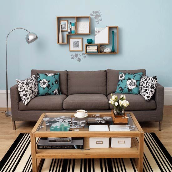 Love The Wall And Couch :) Diy Living Room Ideas - Google Search