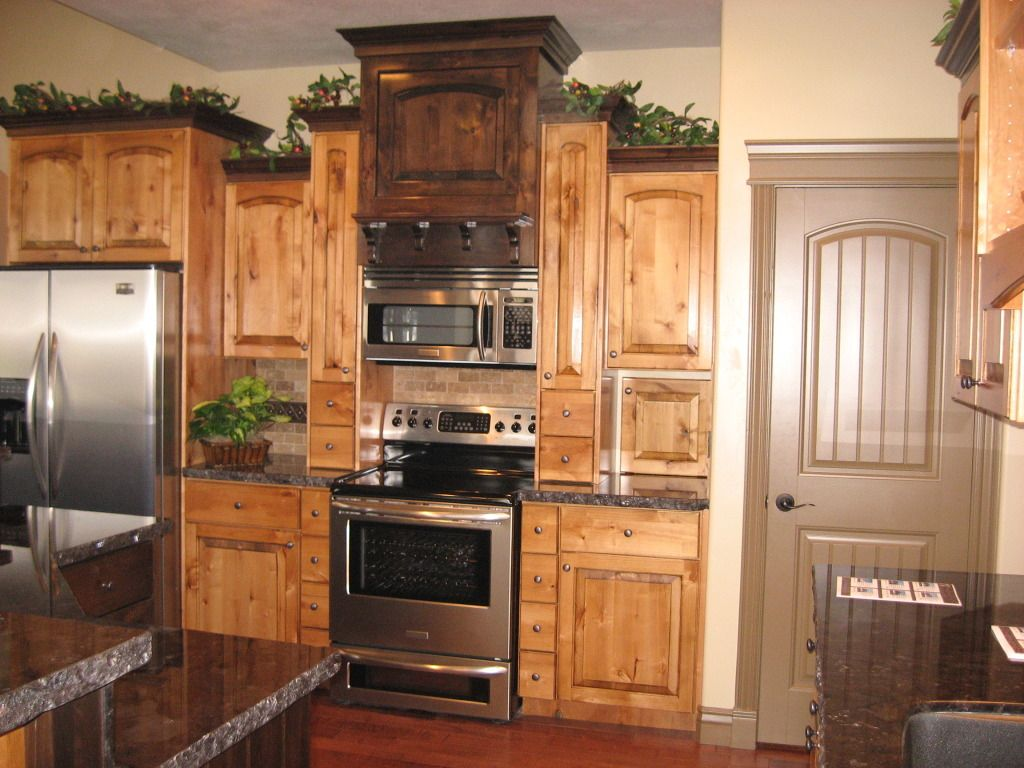Two Tone Kitchen Cabinets With Black Granite Two Tone Knotty Alder Kitchen Great Cabinet Pinterest
