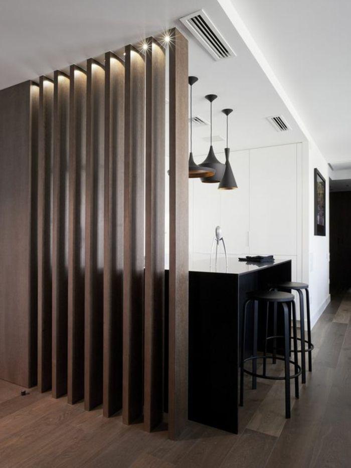 offene küche mit theke schwarz schwarze barhocker drei lampen - schwarze kuche tipps bilder interieur