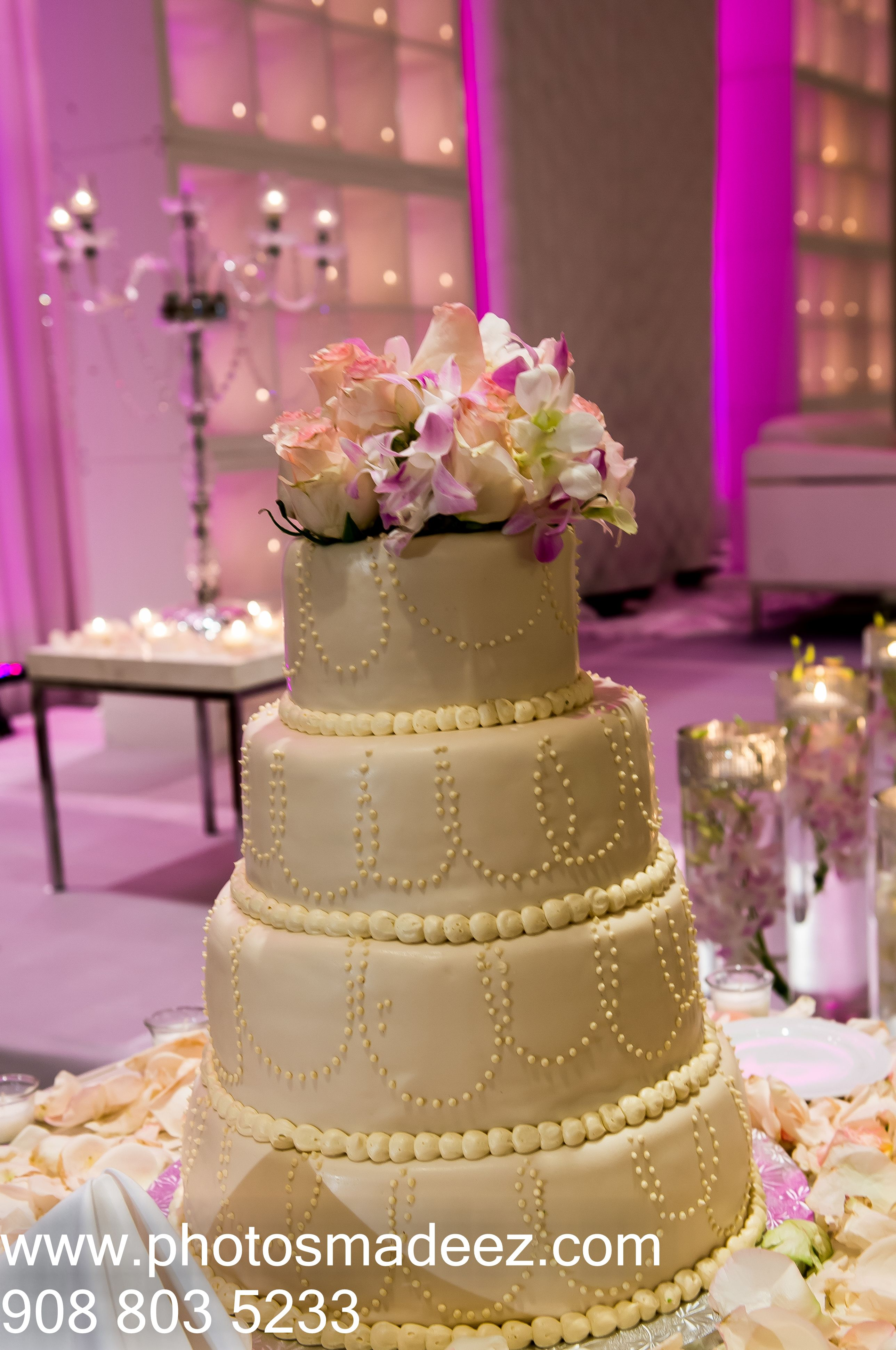 Wedding cake for a mixed wedding at vip country club in long island ny
