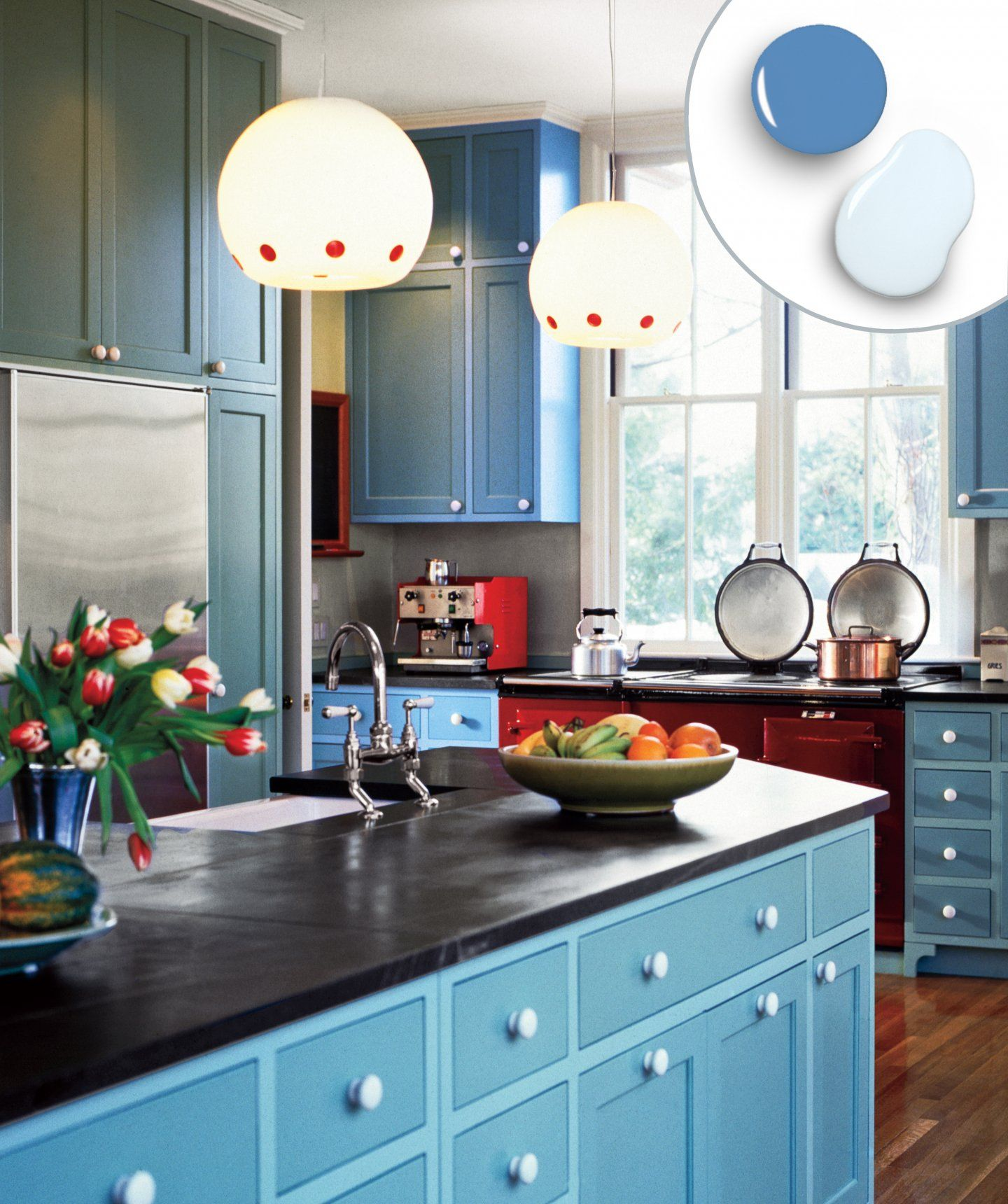 Mixing Kitchen Cabinet Colors 12 Kitchen Cabinet Color Combos That Really Cook Simple