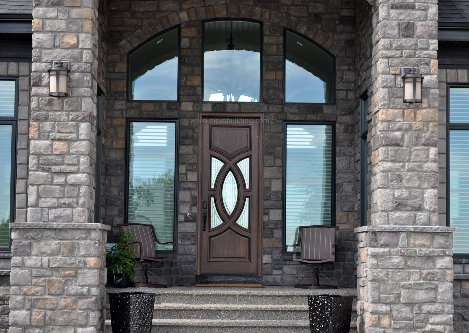 Luxury Home Entrance Luxury Home Entrance Brick Home Entrance Brown Wood Door
