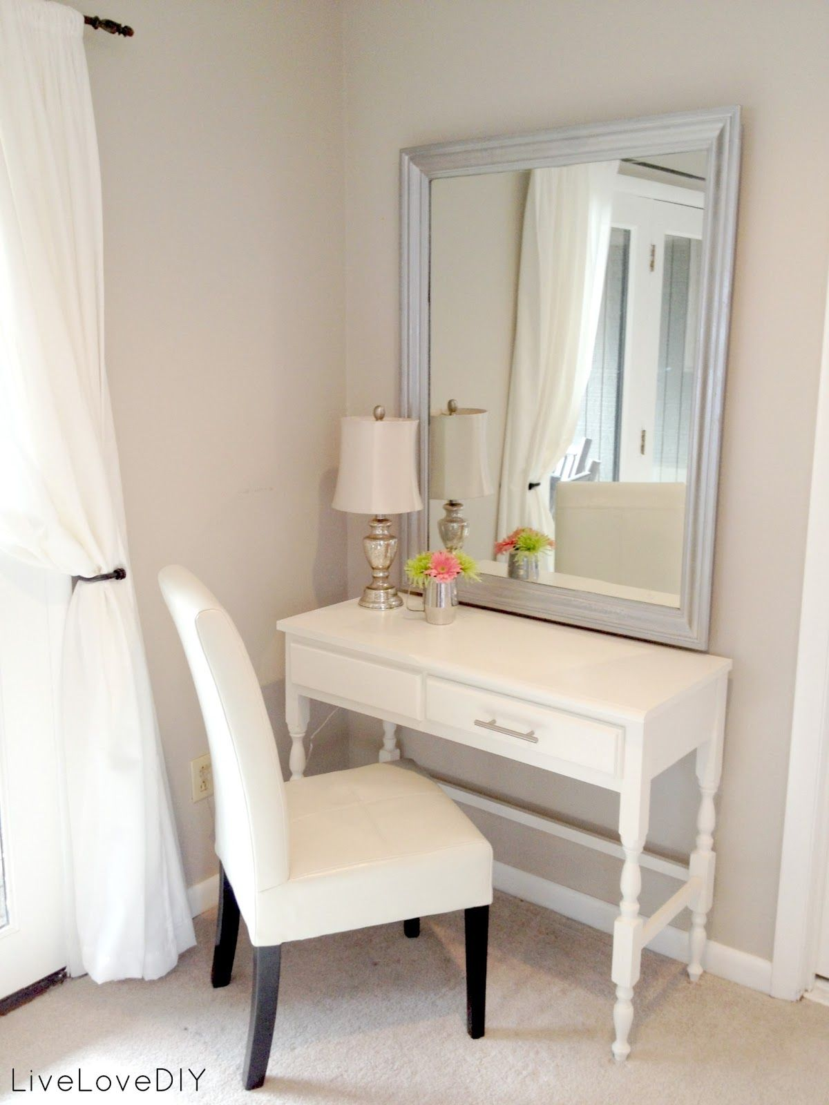 Vanity Bedroom Makeup Livelovediy Bedroom Ideas How To Decorate On A Budget