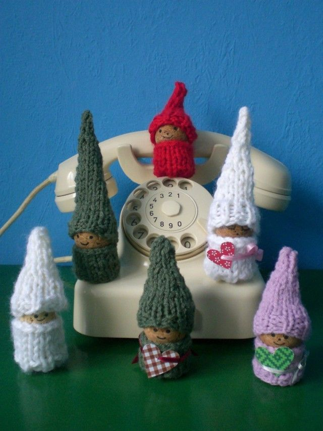 Little Knitted Cork Gnomes Kleine Strickwichtel I Made - Bastelideen Mit Korken