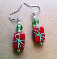 Christmas Present Earrings Only 7 25 Christmas Themed Gold ...