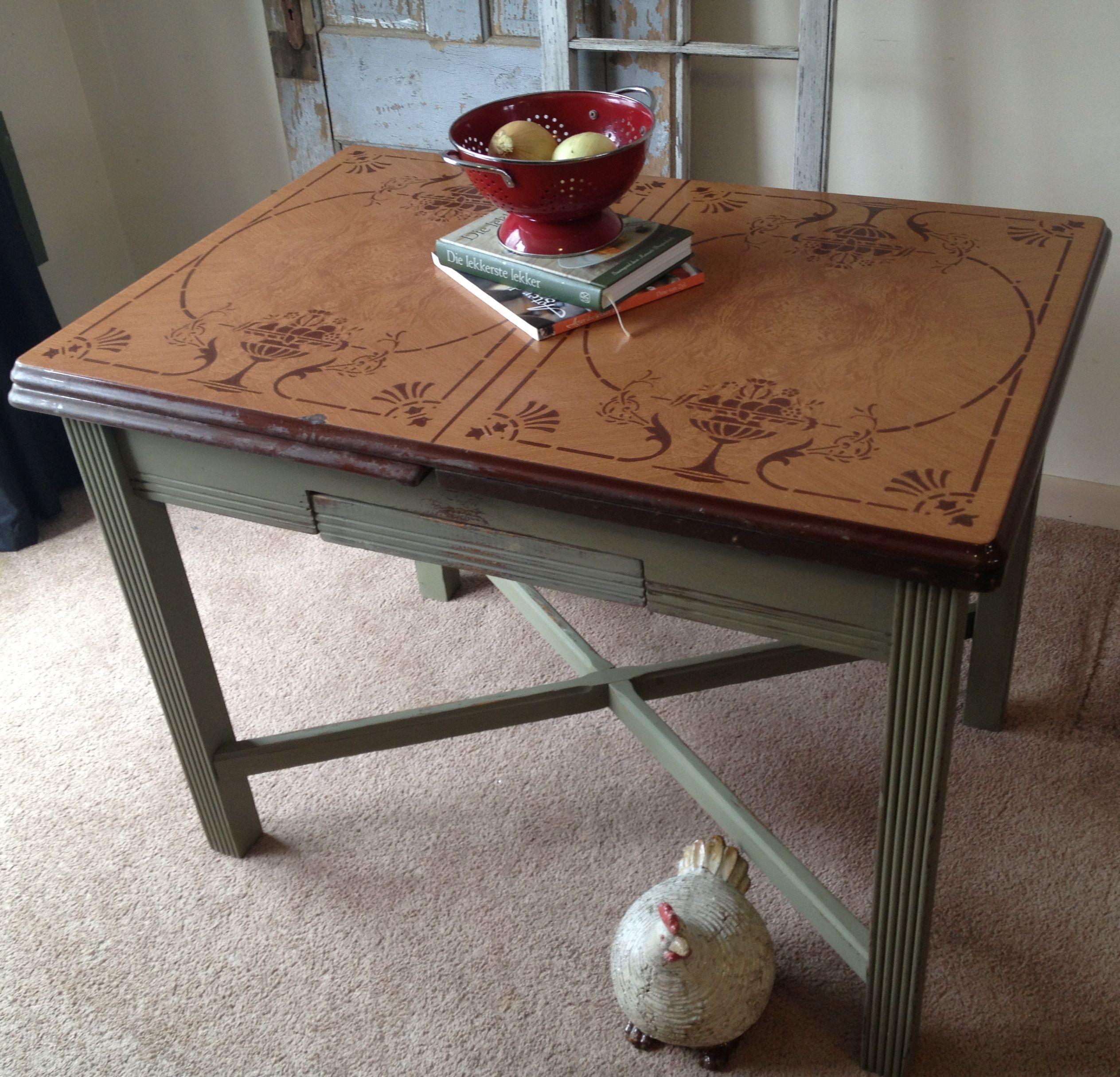 vintage kitchen tables vintage enamel porcelain top kitchen table b Vintage Enamel Top Kitchen Table