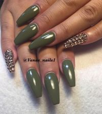 Olive green nail design | Vana's nails | Pinterest ...
