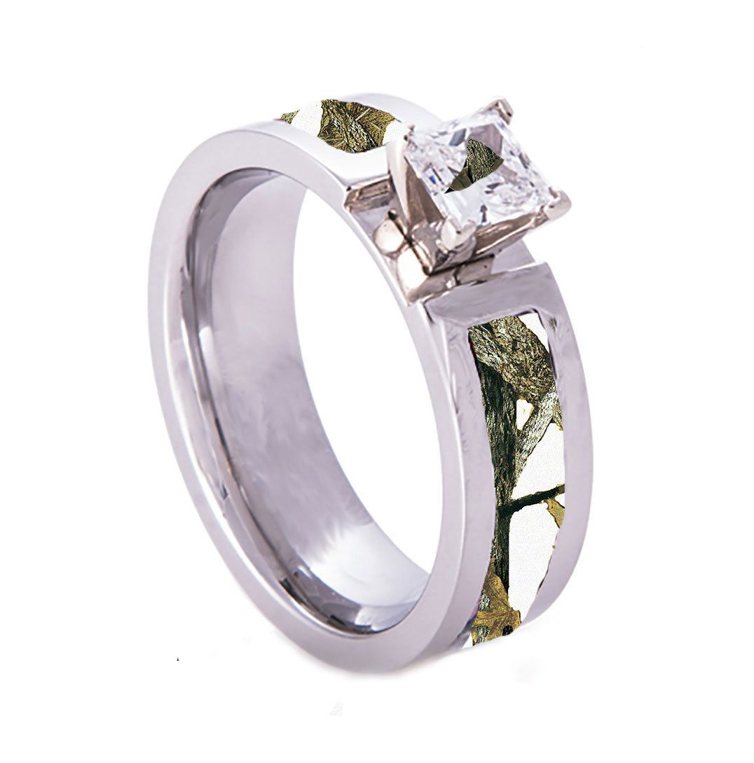 camo wedding bands Southern Sisters Designs White Camo Wedding Engagement Ring Titanium with CZ Stone 59 95