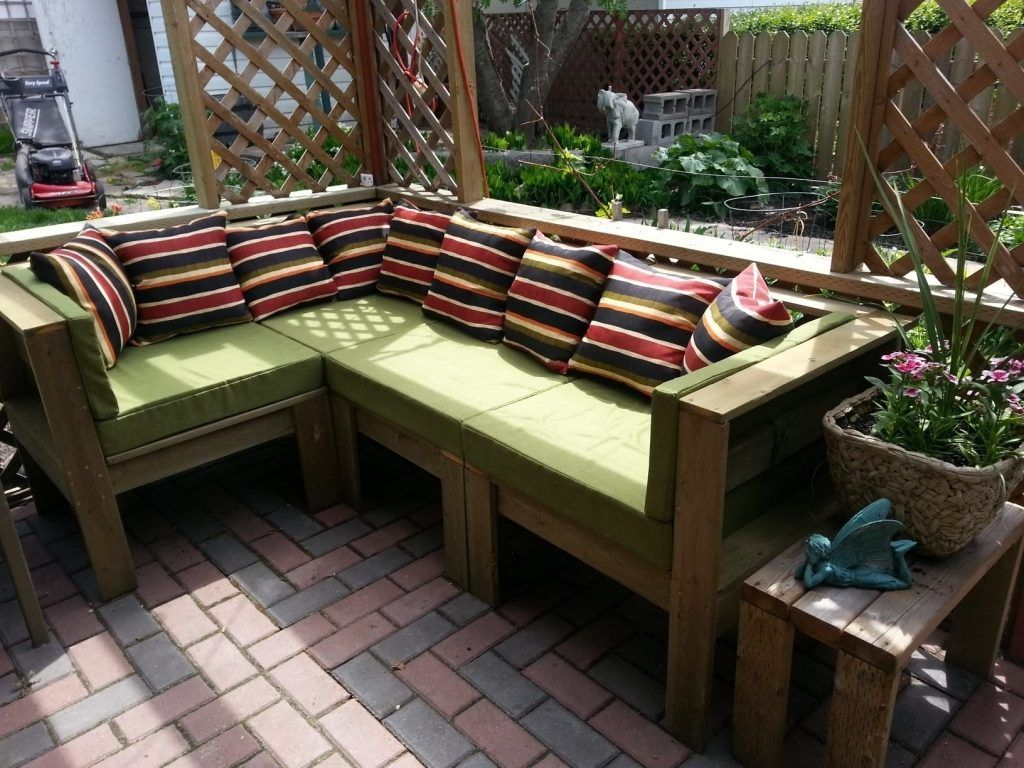Diy Patio Table And Chairs Tips For Making Your Own Outdoor Furniture Furniture