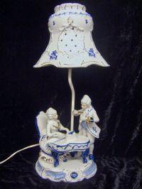 Vintage Blue White Porcelain Victorian Figurine Table Lamp ...