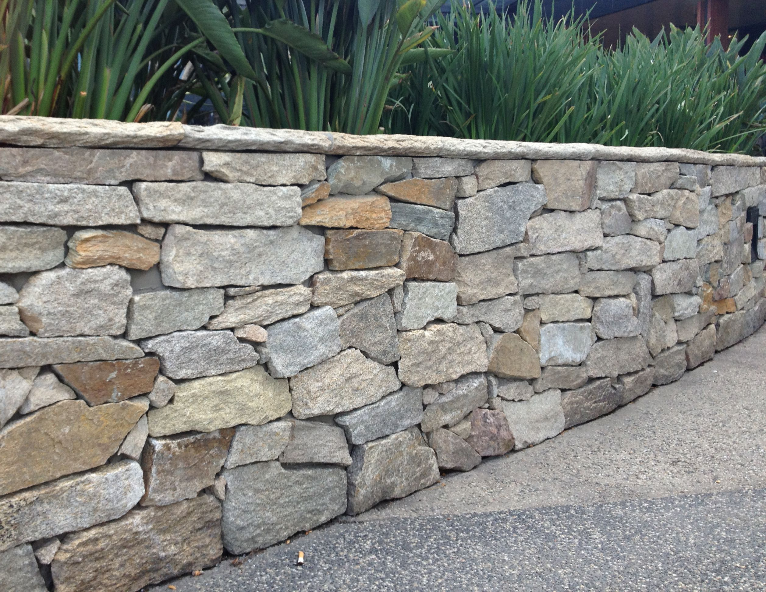 Stack Stone Bunnings Stone Cladding Exterior Walls Google Search Walls