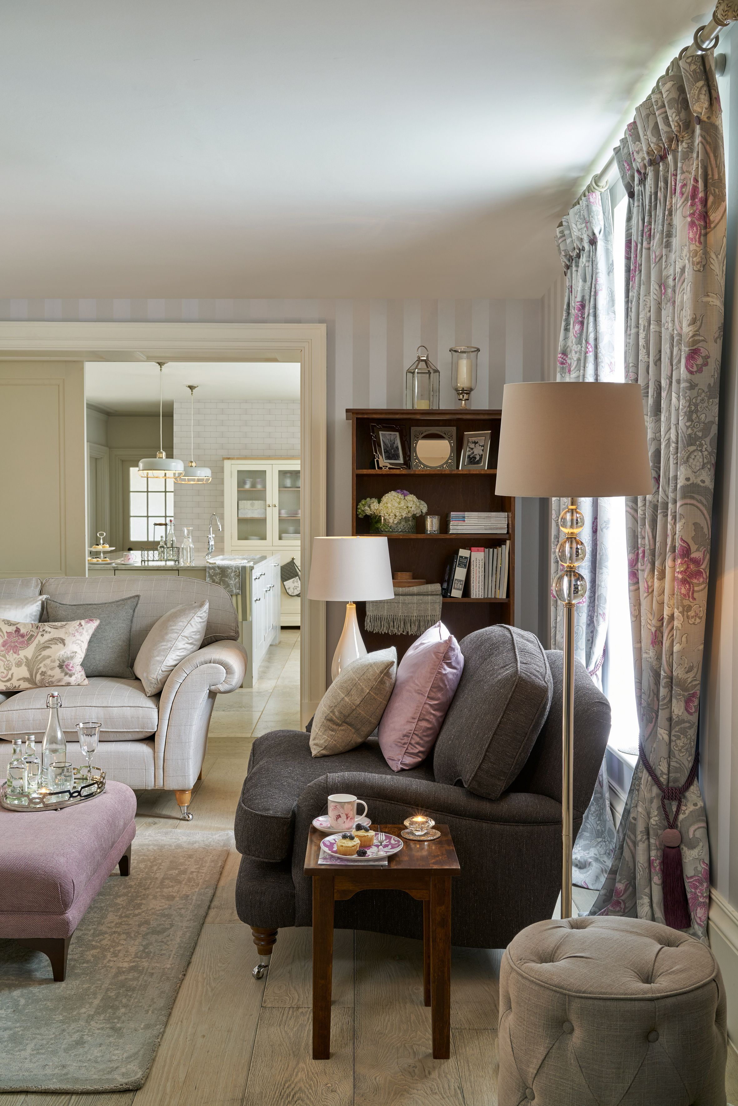 Im Wohnzimmer It S All About Interior Pinterest Living Room Laura Ashley Baroque Home Collection Home Pinterest