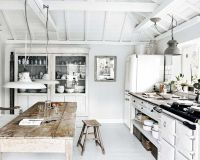 Rustic Beach Interior Design | Rustic Cottage Kitchen ...