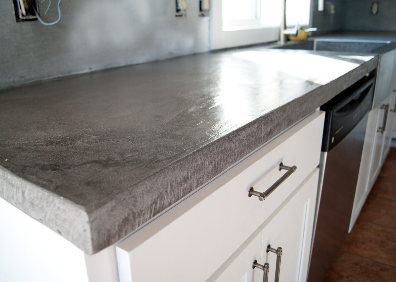 How To Build A Laminate Countertop Diy Concrete Counters Poured Over Laminate Diy Concrete