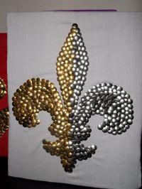 Two Color Thumbtack Fleur de Lis   My Thumbtack Art Pieces ...