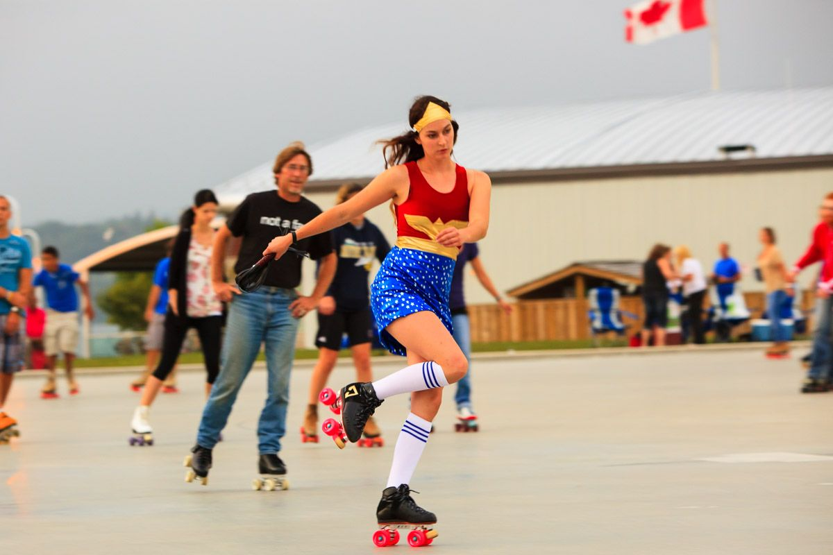 Rollerskating at hamilton waterfront outdoor rink pier 8