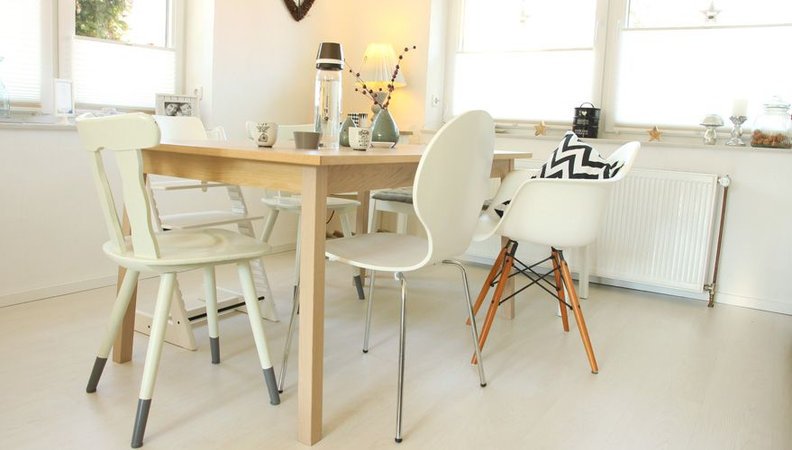 Esszimmer Beim Einrichten Auf Die Stühle Setzen Stuhl   Esstisch Und Stuhle  Esszimmer