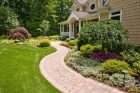 Dos and Donts of Front Yard Landscape | Front yards ...
