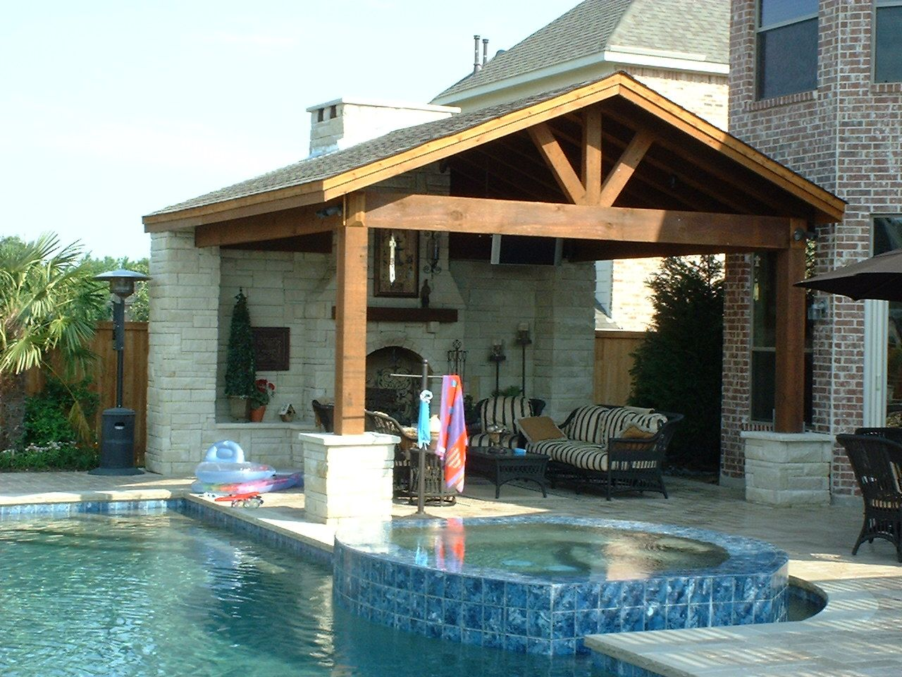 Jacuzzi Pool Covers Fun And Fresh Patio Cover Ideas For Your Outdoor Space