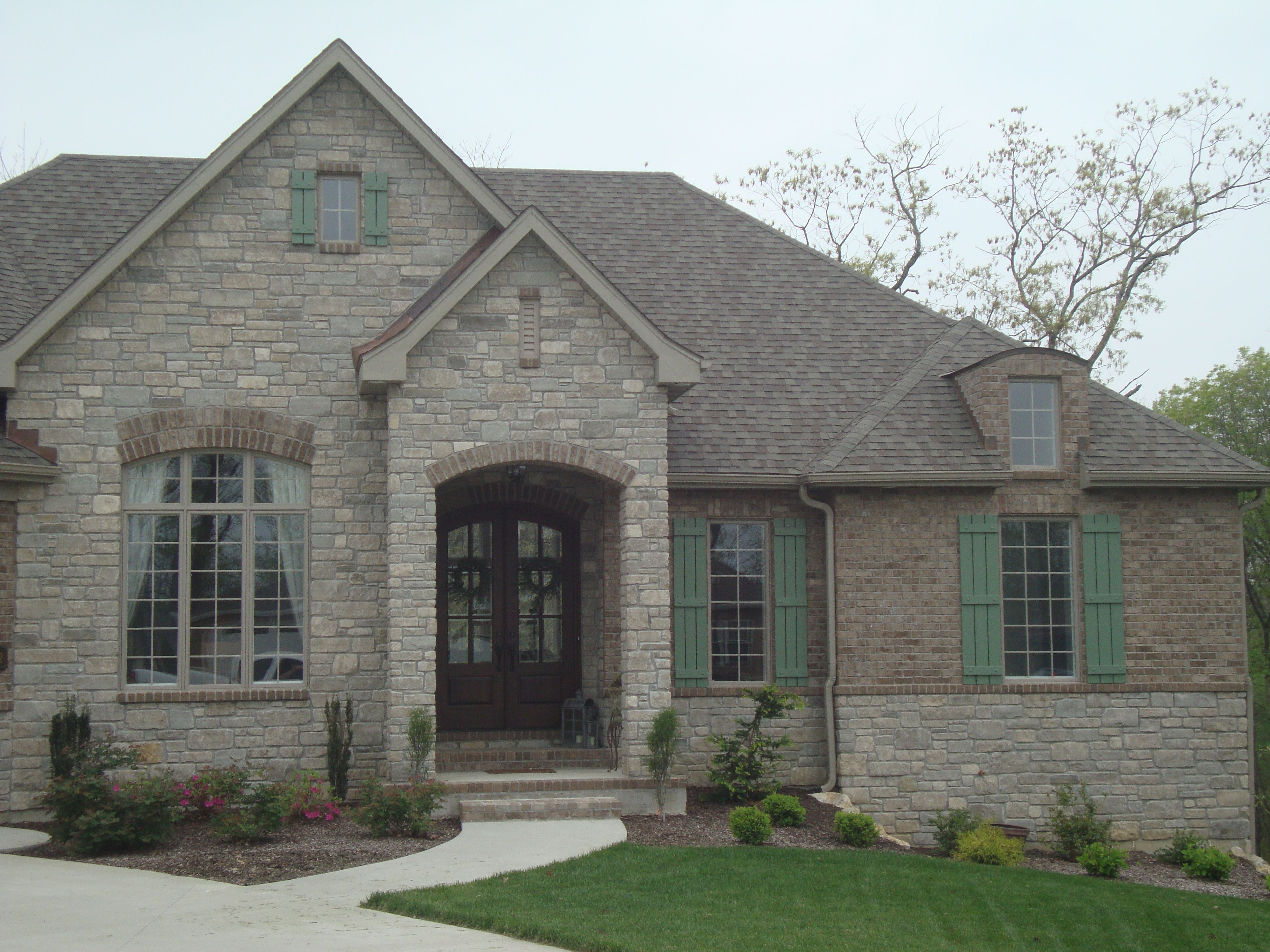 Brick And Stone Exterior Combinations Midwestblock Rock Brick Stone Home House