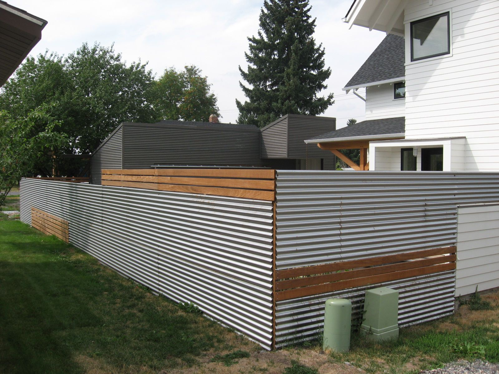 Modern Metal Fence Panels Good Use Of Inexpensive Materials Mixed In With