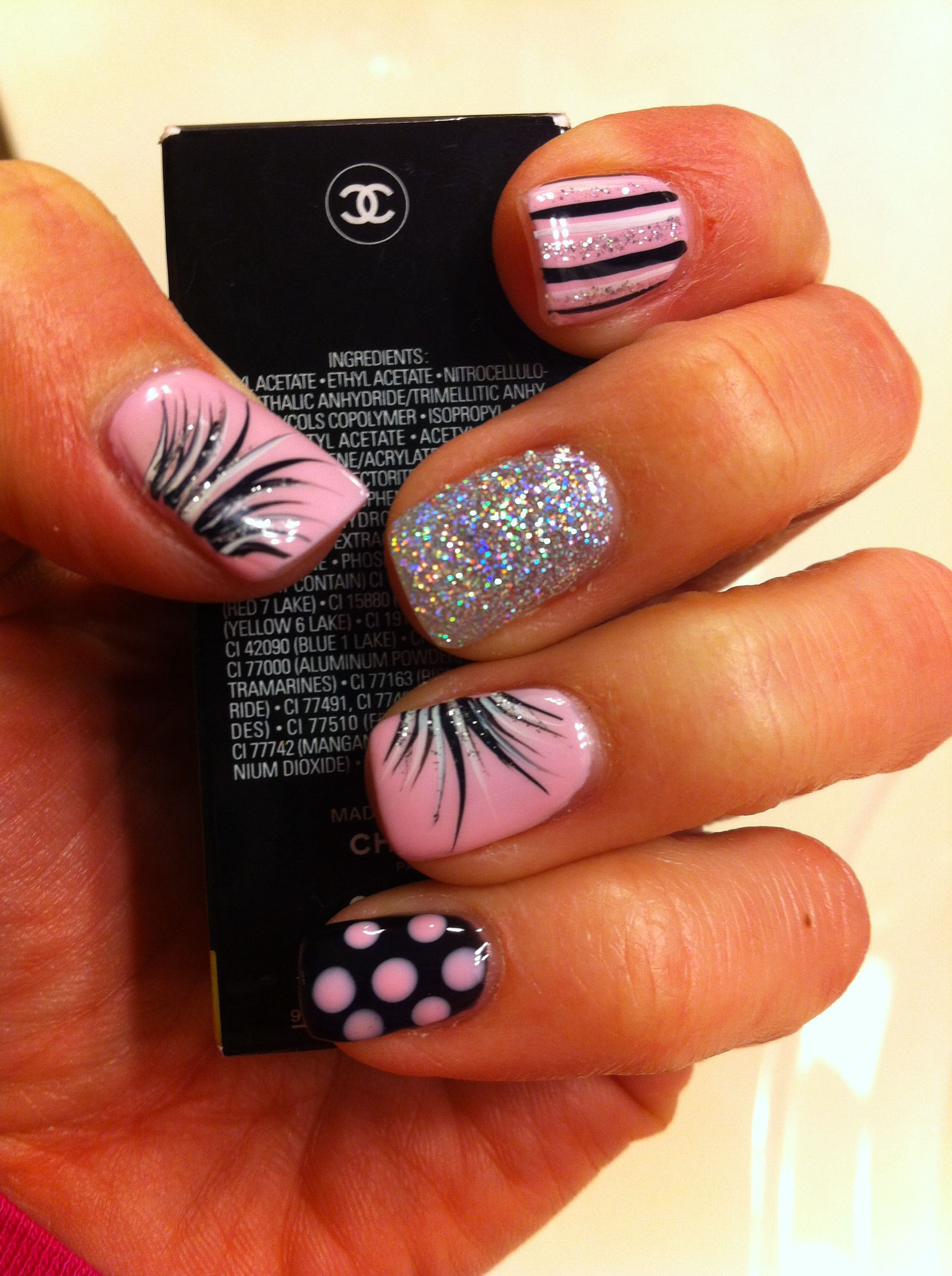 Gel Nageldesign 2015 Strawberry Smoothie Pink/black Gel Nails | Gelish