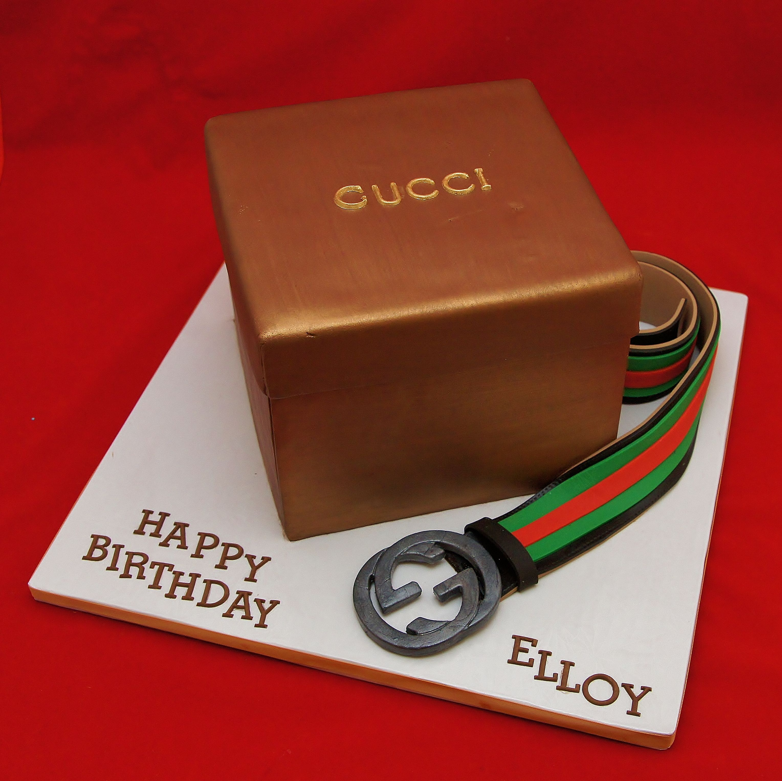 Geburtstagstorte Männer 3d Gucci Gift Box Cake And Men 39s Gucci Belt Miamibaby