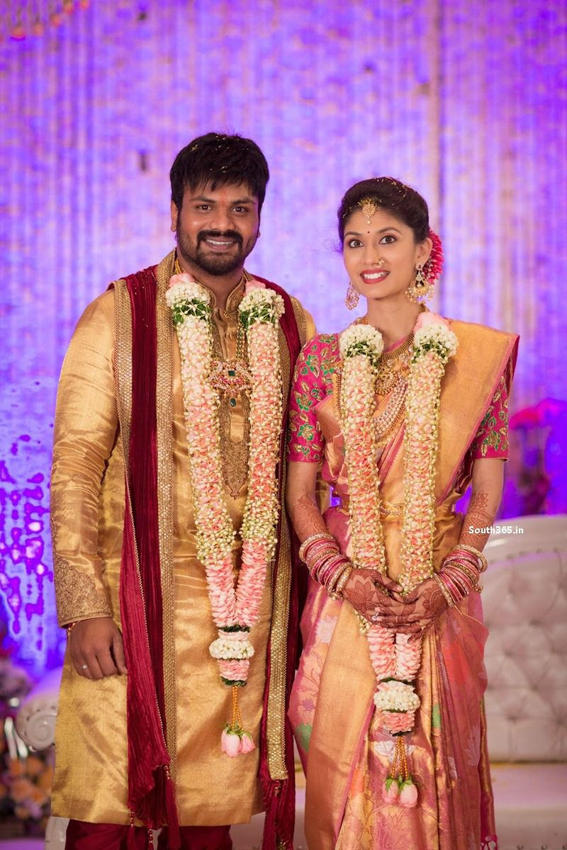 Tollywood actor manchu manoj pranathi reddy engagement pictures hd