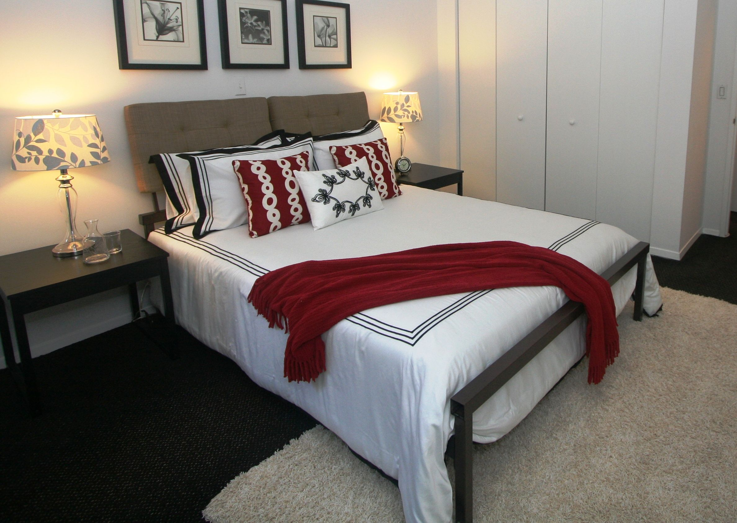 Bedroom With Red Accents Black And White With Red Accents Bedroom Staged To Sell