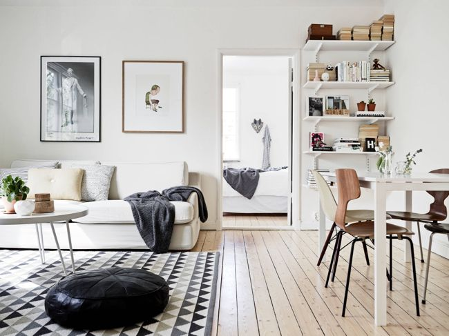 Nordic living room, simple and basic bracket shelves Living - living room shelves