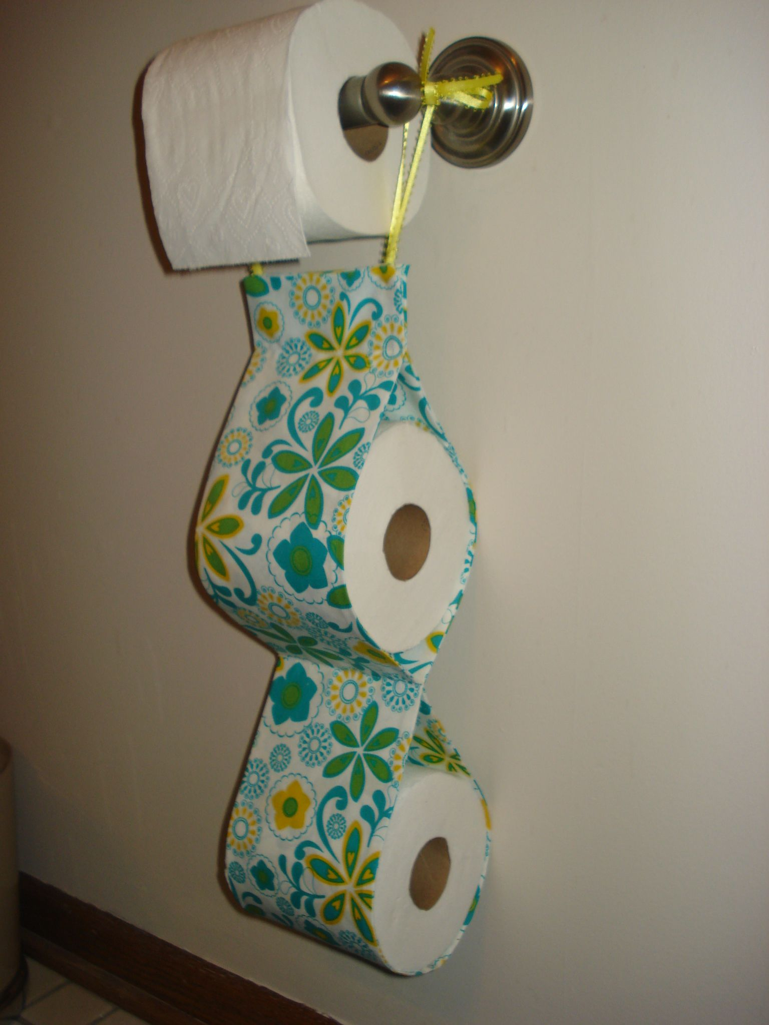 Extra Toilet Paper Roll Holder Extra Toilet Paper Roll Holder Bunnies And Guinea Pigs