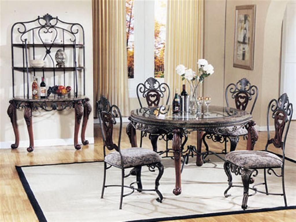 kitchen tables and chairs Decorate Top Kitchen Dinette Sets http kitchendesign backtobosnia com
