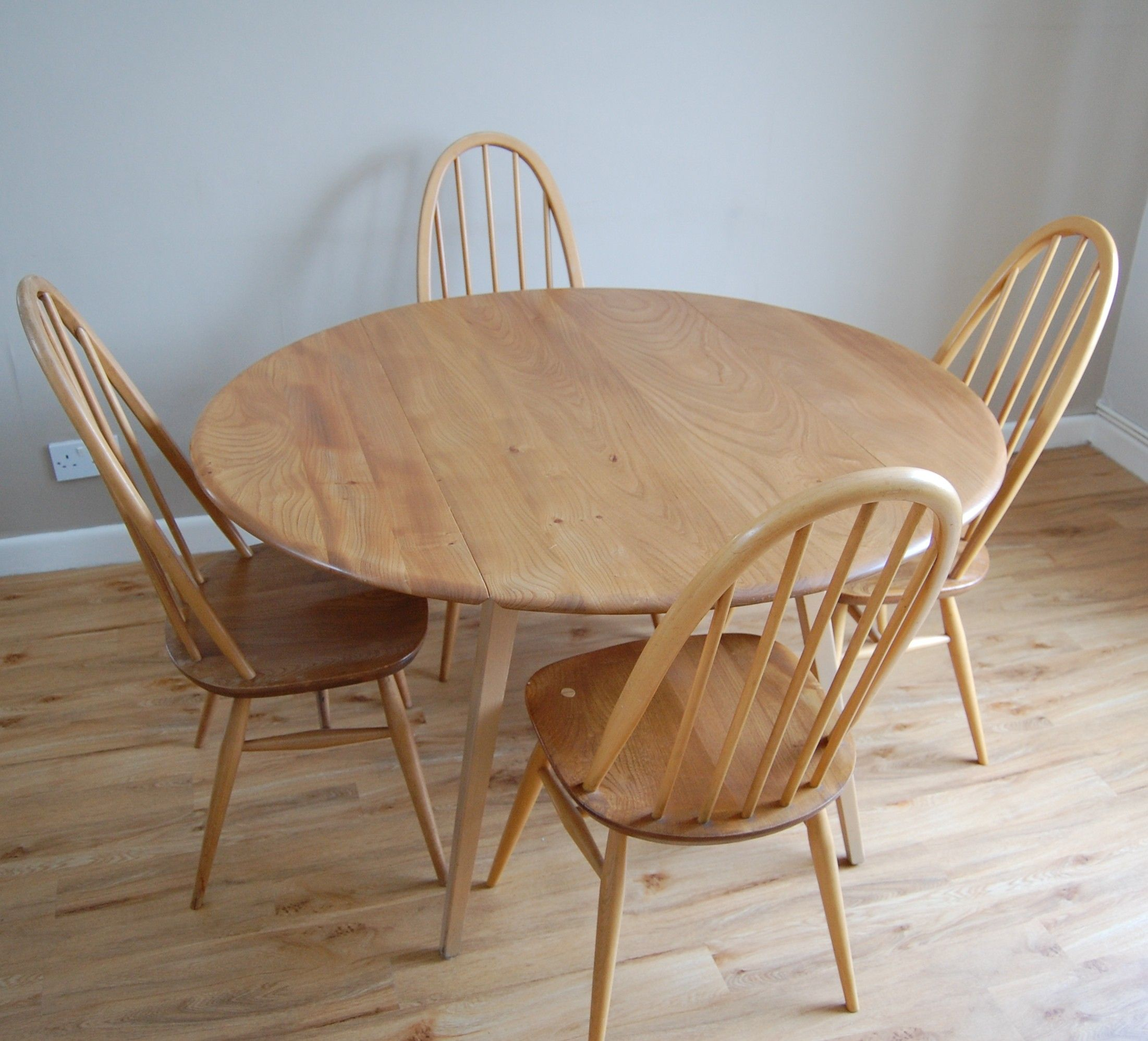 drop leaf kitchen table Round Ercol Drop Leaf Table