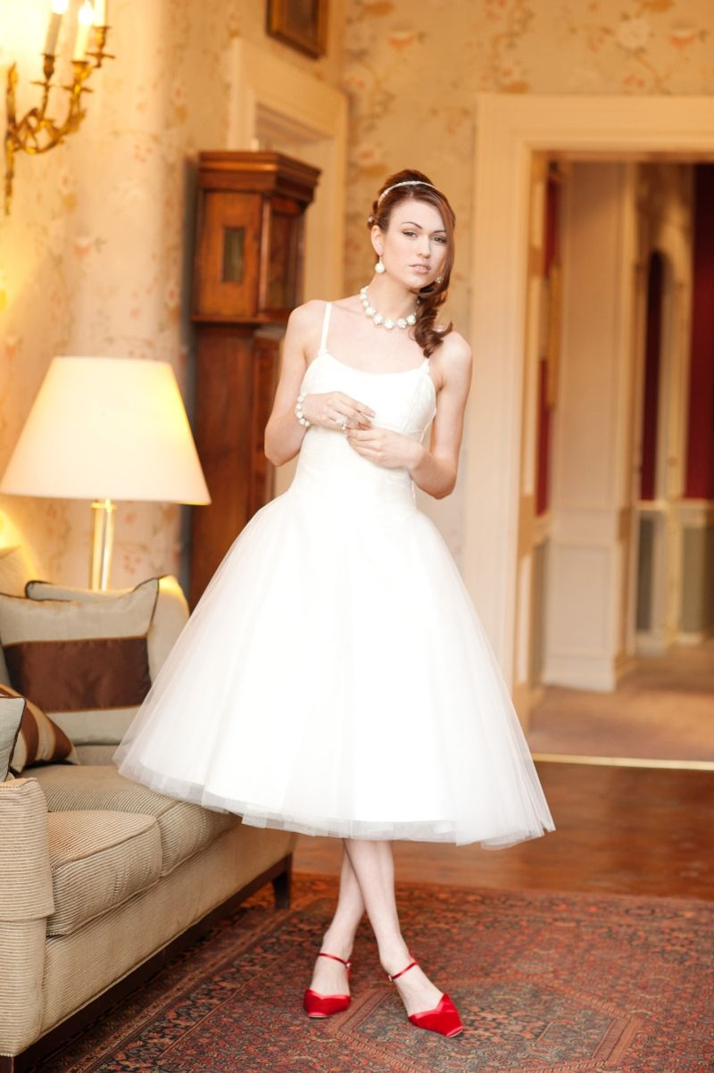 50s style wedding dresses red shoes with tea length dress