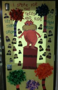 Dr. Seuss door decoration | School | Pinterest