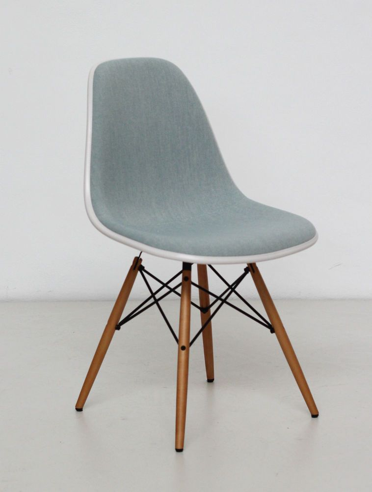 Schön Vitra Eames Plastic Side Chair DSW (Cream Shell Ice Blue Fabric   Arte M
