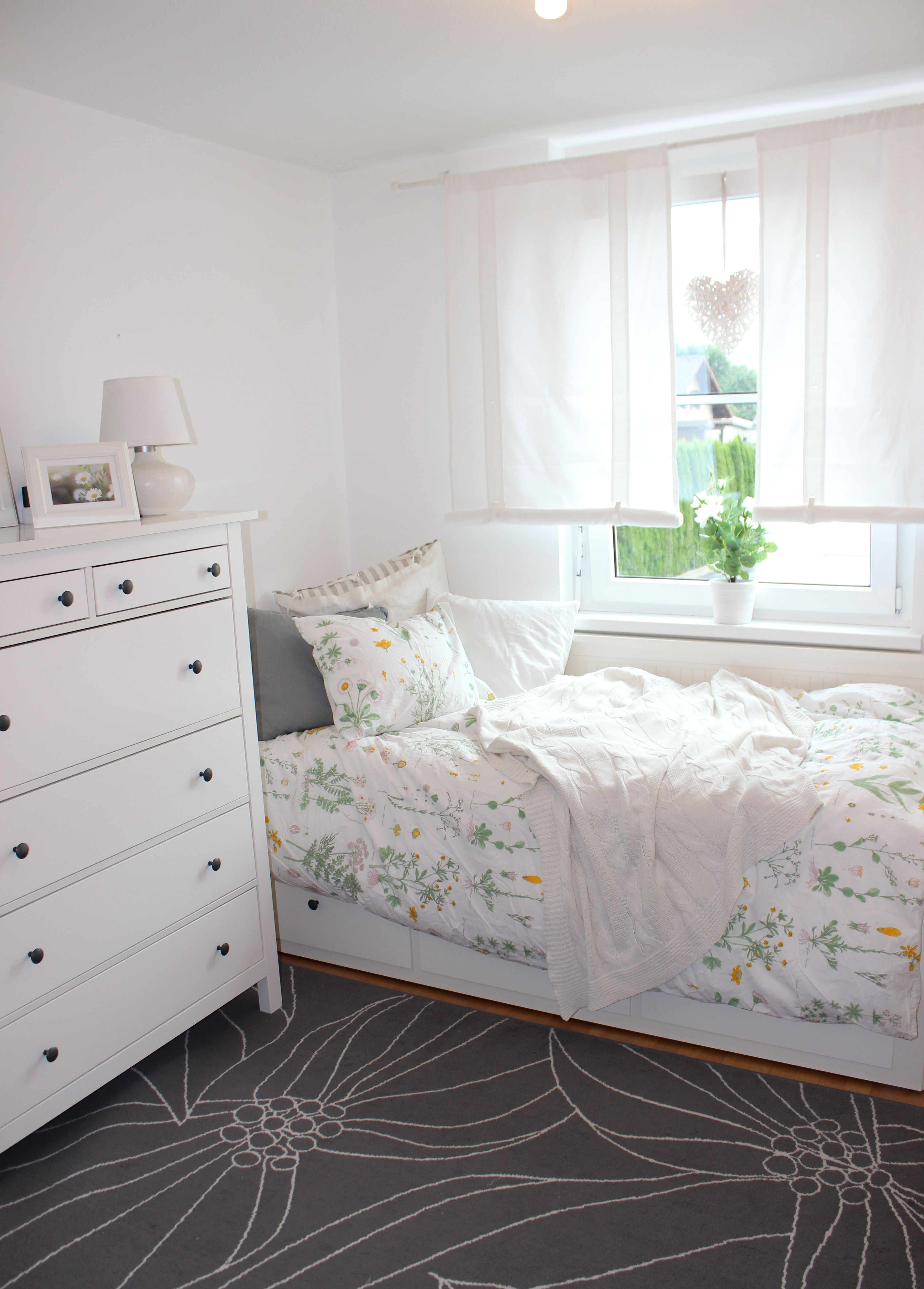 Schlafzimmer Ideen Hemnes Our Guest Room Ikea Hemnes Daybed And Strandkrypa Duvet Cover