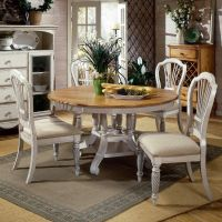 Wilshire Wood Round/Oval Dining Table & Chairs in Pine ...