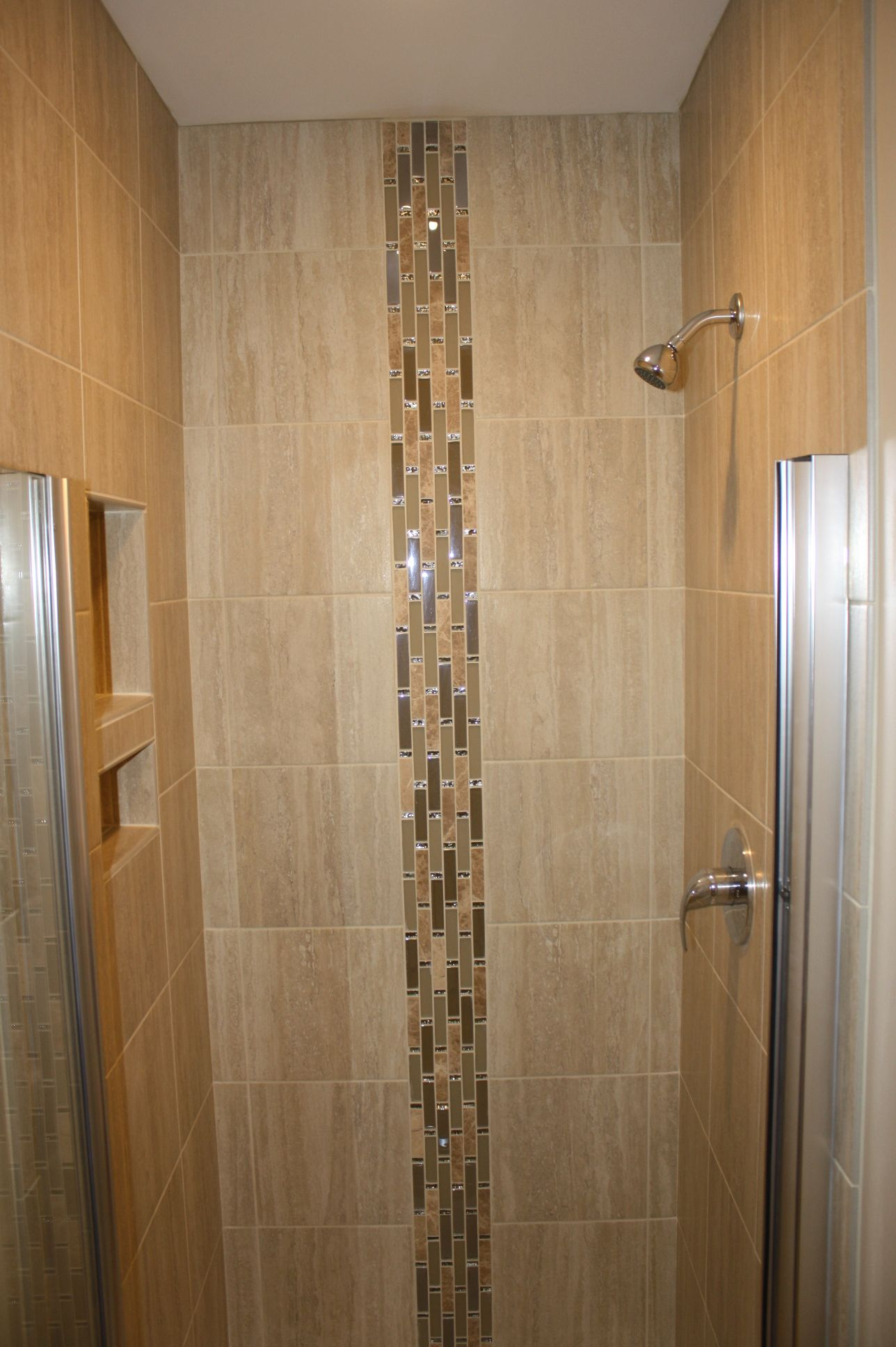 Waterfall Showers Designs 3x3 39 Shower Area Using 12x12 Quot Porcelain Tiles With A