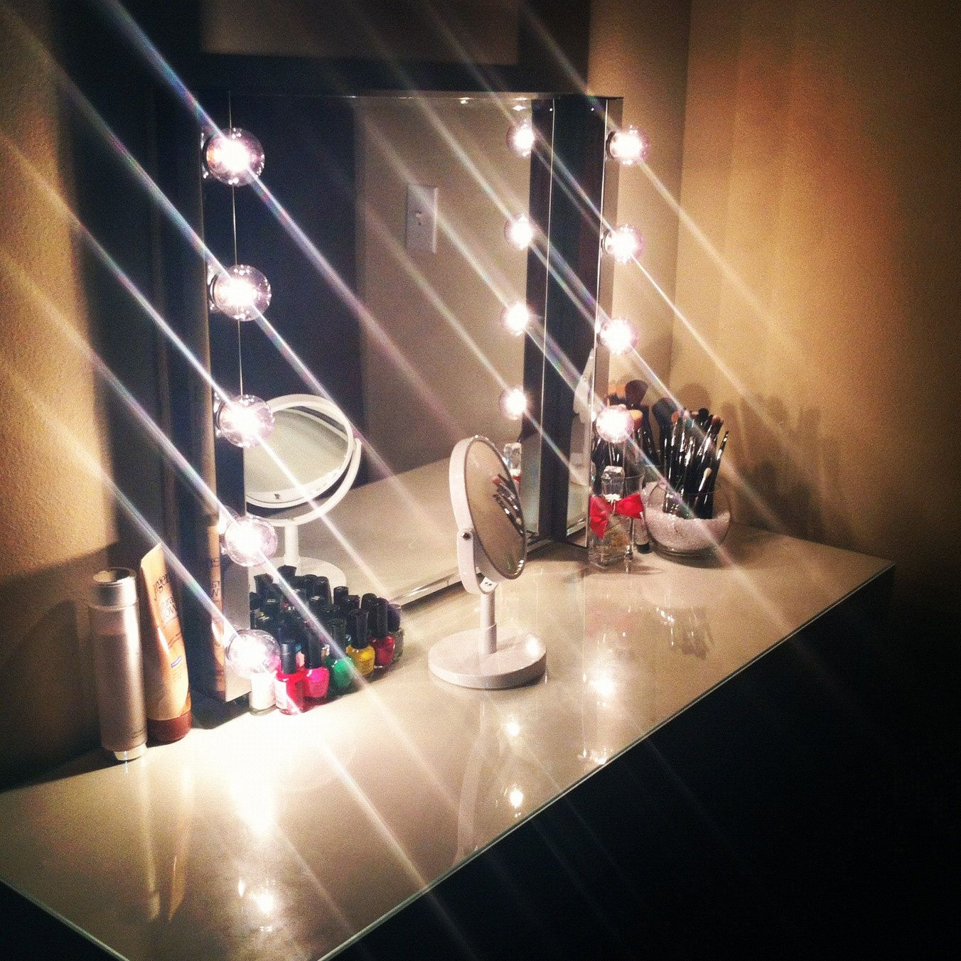 Hollywood Mirror Lights Ikea Channel Your Inner And Outer Star Hollywood Vanity