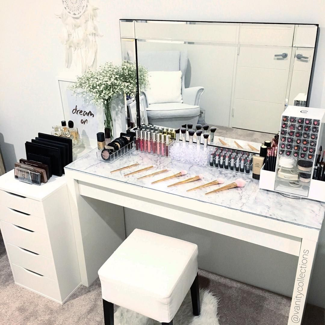 Girl Makeup Station Vezi Această Fotografie Instagram De Vanitycollections