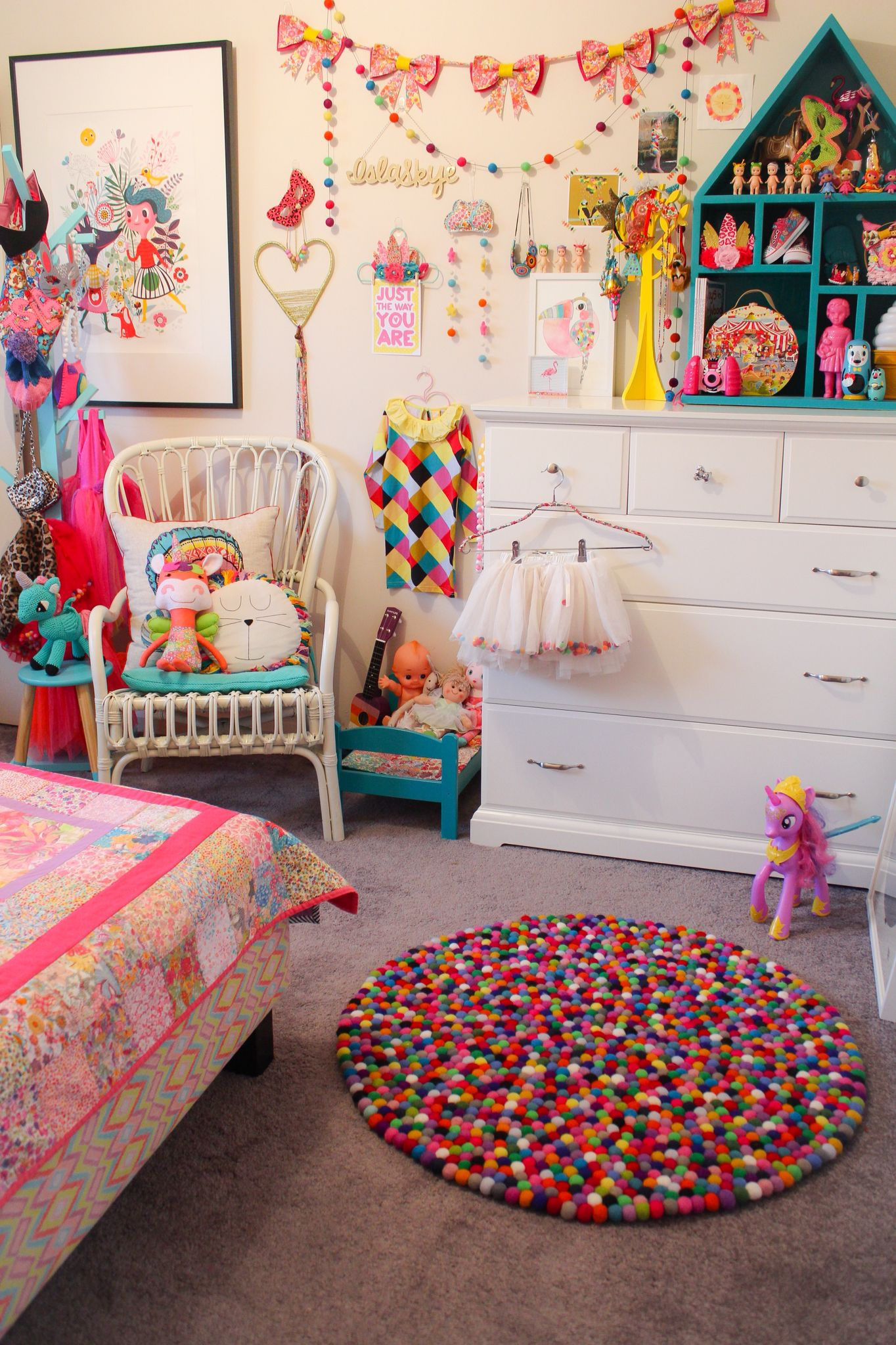 Rainbow Kids Rooms Islas Bedroom Rainbow Circus Theme Bright Colours