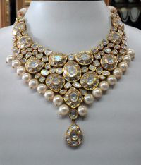Vintage necklace ideal for special occasions, set with eye ...