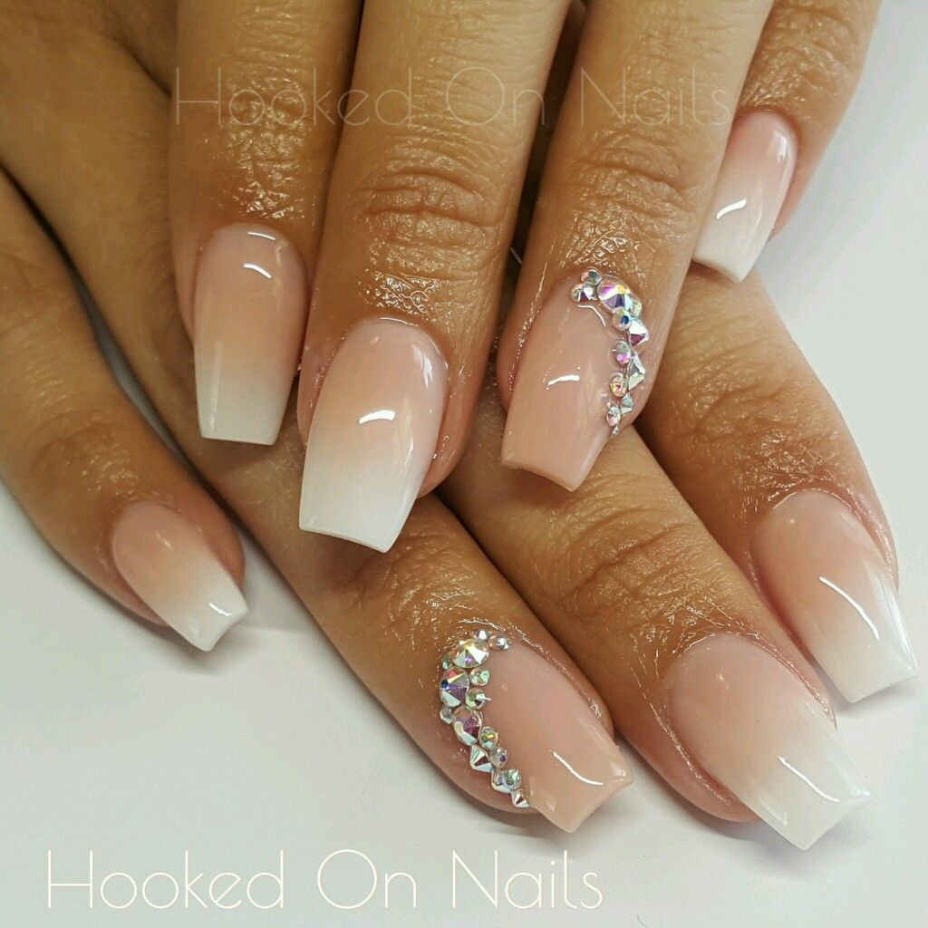 Moderne Nägel Ombre Nude Nails Modern French Nails Swarovski Crystals