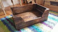 Easy to Make Pallet Dog Bed | Pallet Furniture DIY ...