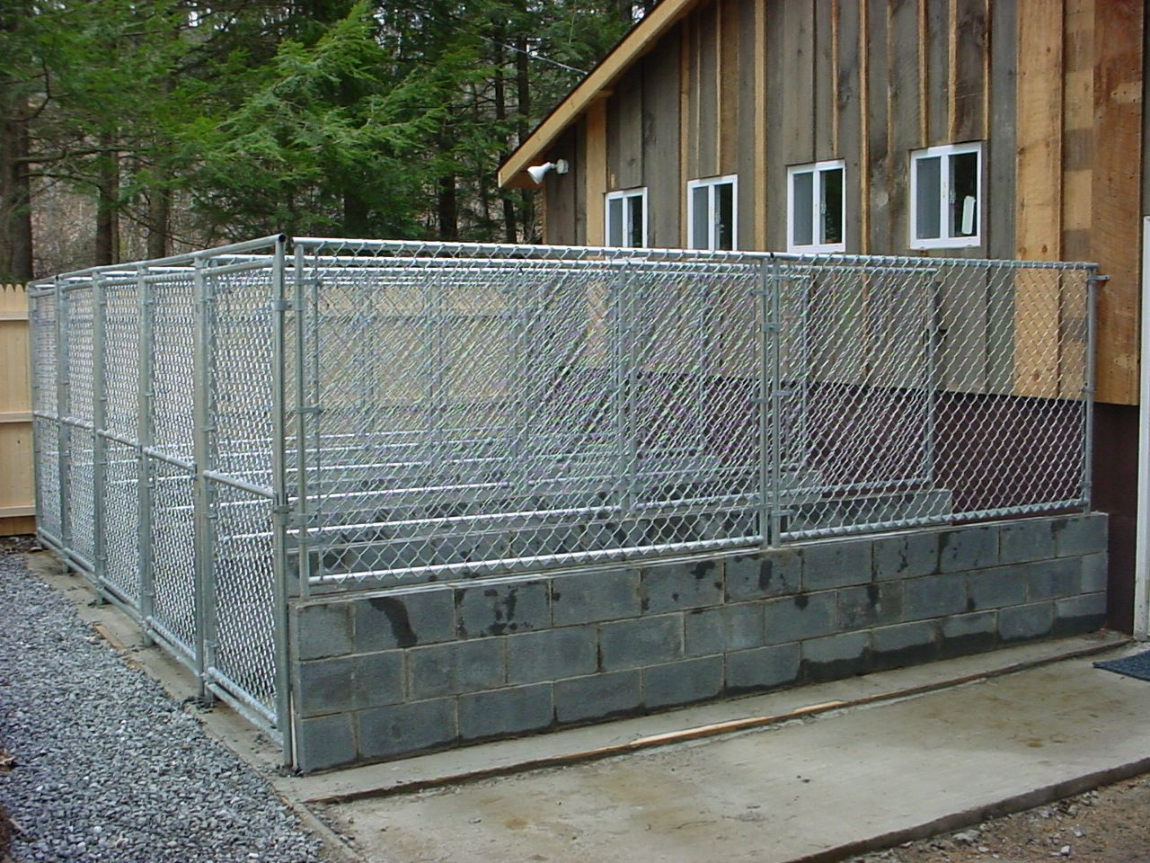 Dog Run Ideas Commercial Dog Kennel Designs Kennelseenfrom Parkinglot