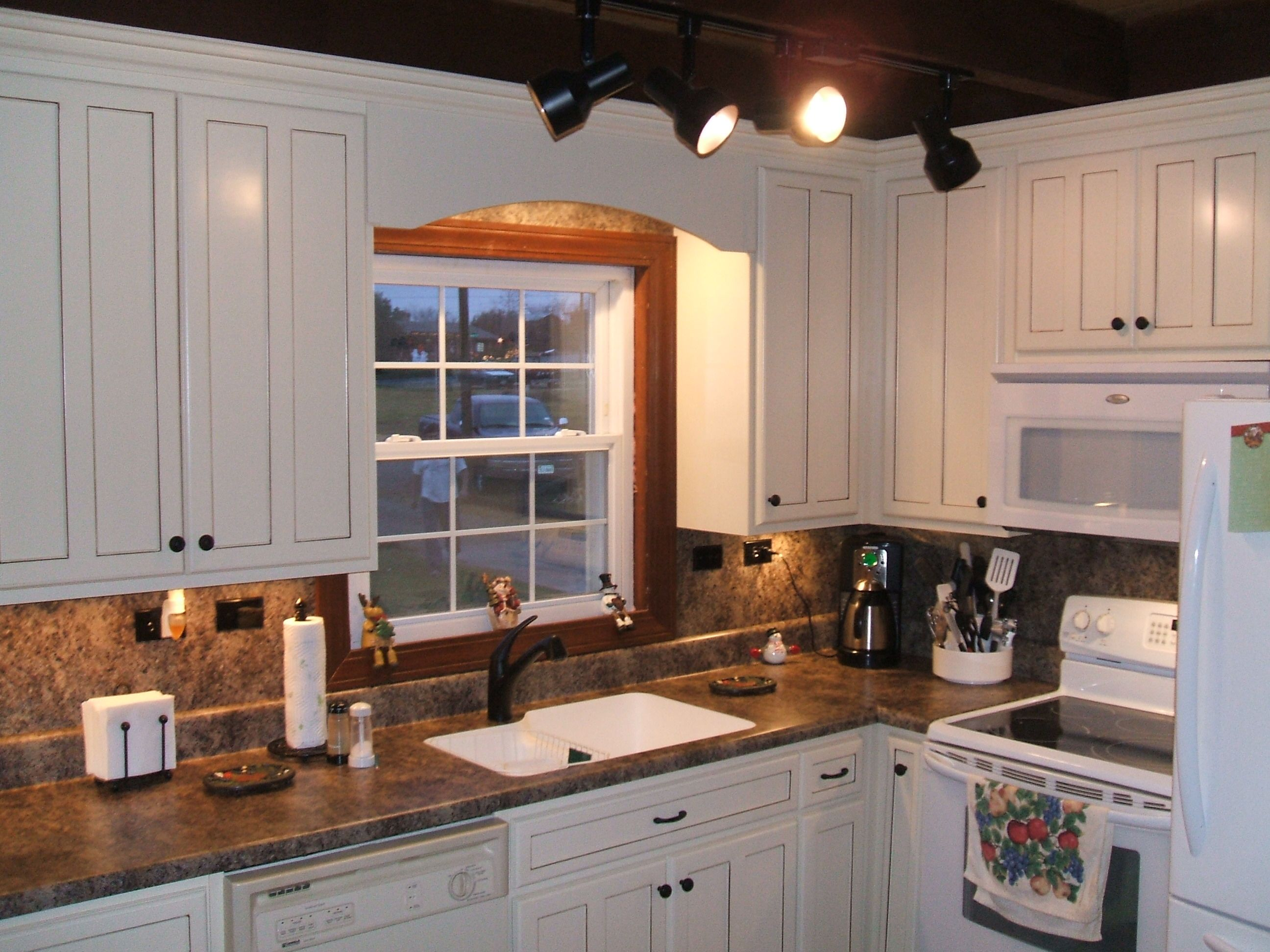 dark granite countertops white cabinets kitchen white cabinets Kitchens With White Cabinets And Dark Granite Cliff Kitchen